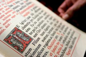 The Latin Missal