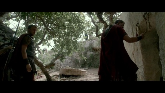 risen-an-exclusive-movie-clip-for-tbn-youtube-370